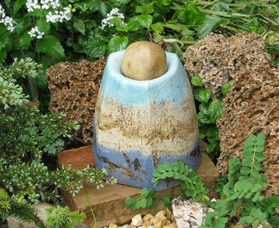 Een plek voor een steen, in opdracht